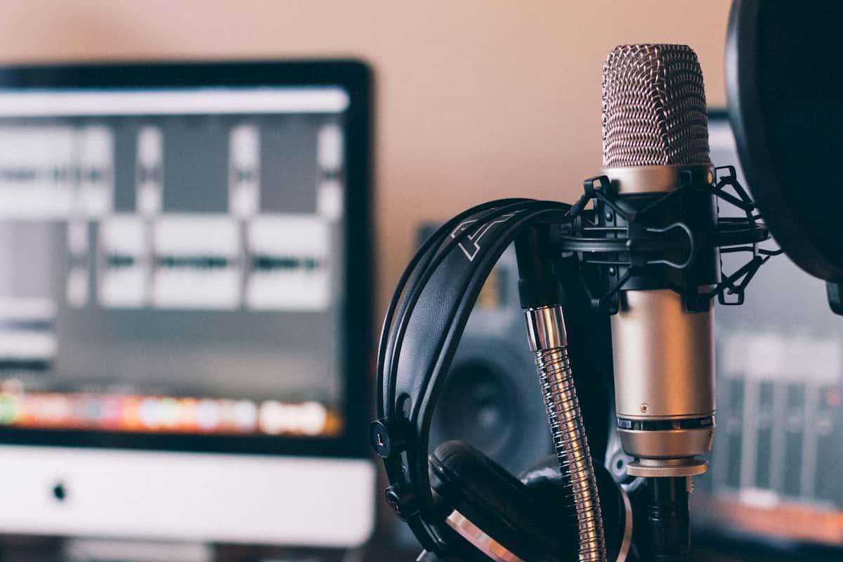 音声配信の方法