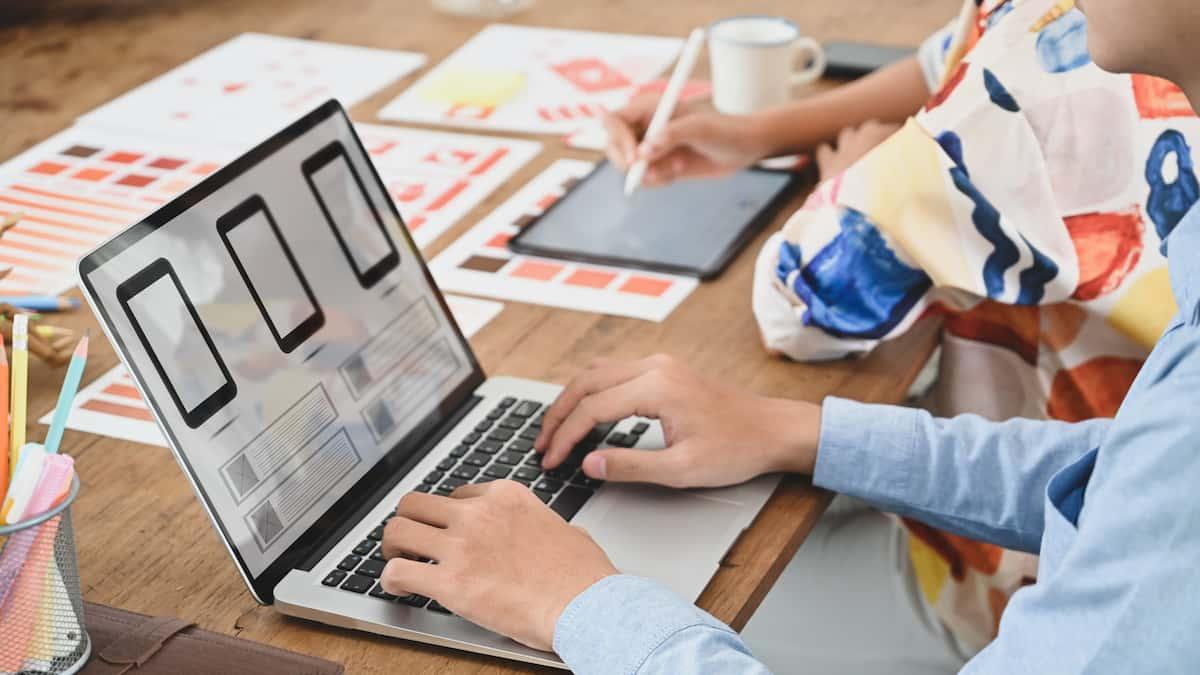 Webサイトを作成するためのレンタルサーバーの申込み