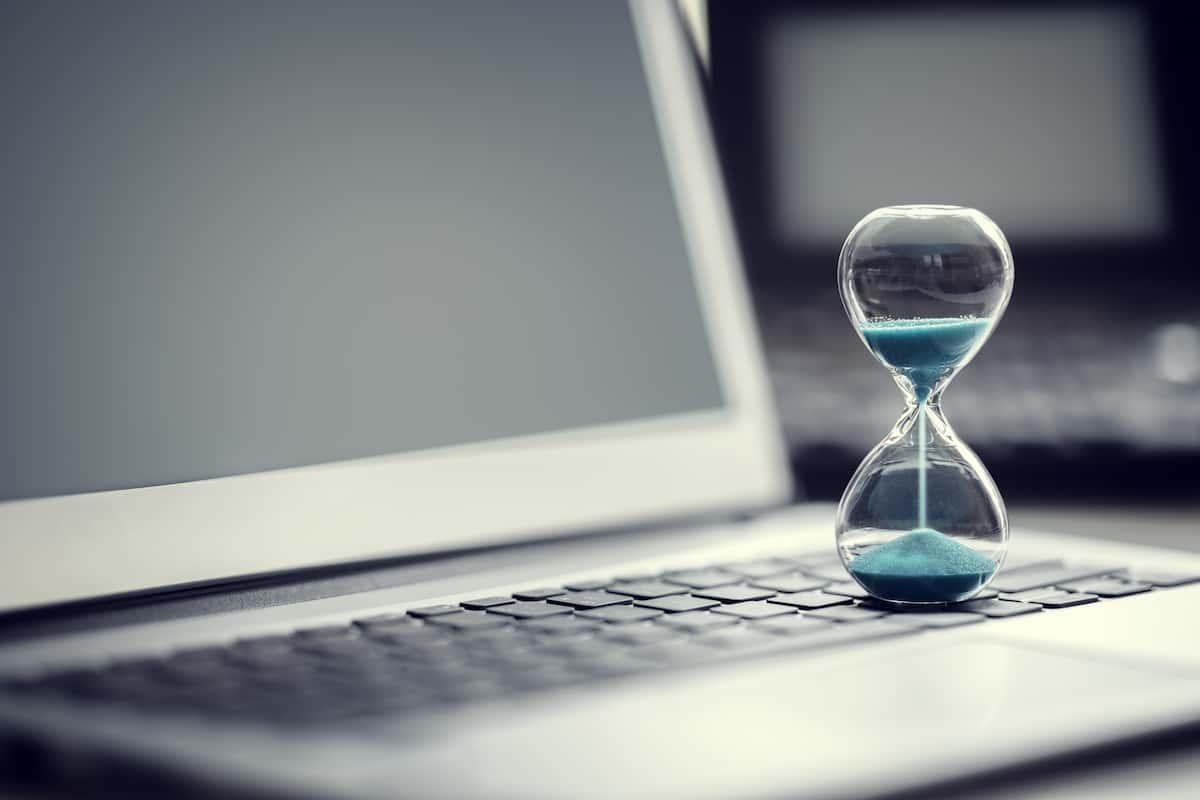 ブログを絶対に書く時間を設定する